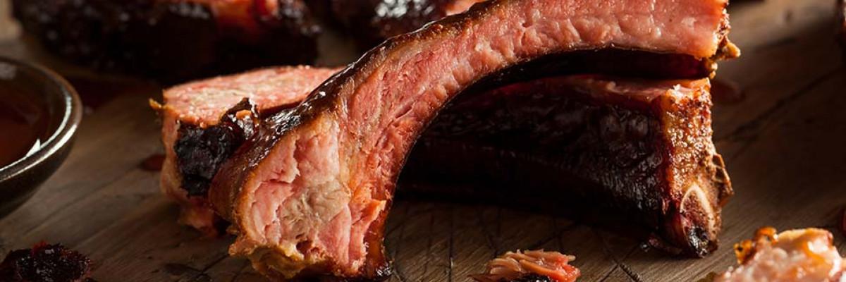 Smokey beef ribs with chili-mushroom rub